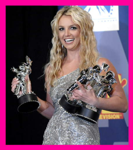 Pop Princess Britney Spears Makes A Come Back! | the music ...